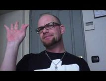 Ivan Moody ne quitte pas 5 FINGER DEATH PUNCH !