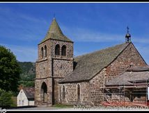 L'église de Cheylade (Cantal) ...