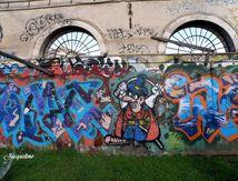 Graffitis et empreintes