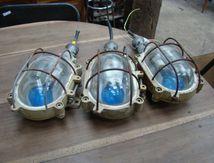 LAMPES DE COURSIVE (1 DE DISPO)