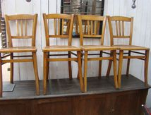 4 CHAISES BISTROT (VENDUES)