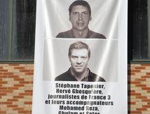 Hervé Ghesquière, son collègue Stéphane Taponier, et leurs accompagnateurs, sont retenus en otage en Afghanistan depuis le 29 décembre 2009