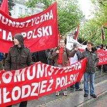 Relaxe pour les communistes polonais !
