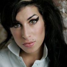 Amy Winehouse : un dealer entendu par la police