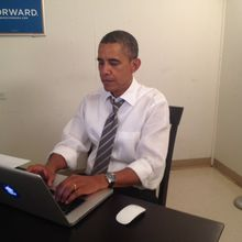 How Obama Won the Internet - in an Hour