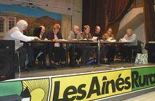 Saint André les Alpes Les aînés ruraux en assemblée.