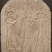 Le scribe Royal Sénou adore deux génies funéraires
