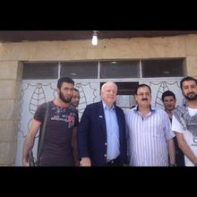 """ISIS : John McCain admits he met ISIS and says """"We know these people intimately"""""""