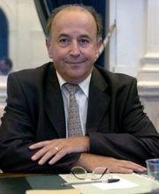 Le maire PS de Pau, Yves Urieta, pourrait rejoindre une liste d'ouverture UMP