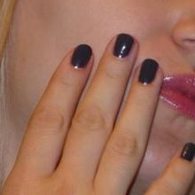 Tendance maquillage hiver 08 : ongles gris, finalement oui !