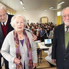 Charles Paperon, Cécile Rol-Tanguy, et Arthur Baron chez les collégiens