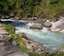 Comment définir un cours d'eau