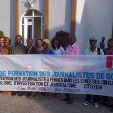 Goma : Lisa Laflamme et Michael Cooke echangent avec les journalistes