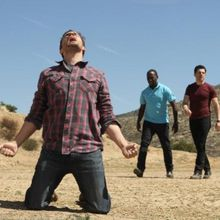 Critiques Séries : New Girl. Saison 1. Episode 24. See Ya. SEASON FINALE