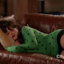 Critiques Séries : New Girl. Saison 2. Episode 4. Neighbors.