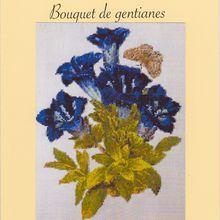 Bouquet de gentianes et cartonnage
