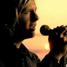 """Dare you to move"", Switchfoot"