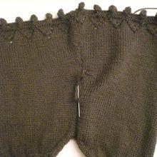 un joli gilet 12-18 mois pour fille en laine Anny Blatt modèle Tiboodoo