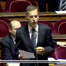 François Zocchetto, sénateur de la Mayenne, groupe Union centriste interpelle la secrétaire d'Etat à la Santé sur le trafic de médicaments