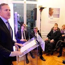 « Mes vœux pour 2013 : réunir les Français respecter le Parlement affirmer notre famille comme celle de l'Europe »