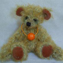 ADOPTE Alfy, ours miniature de 10cm