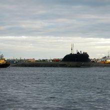 Le K-329 Severodvinsk appareille pour ses premiers essais en mer.