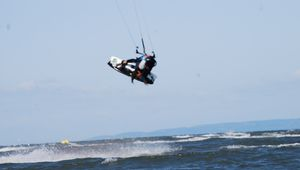 Test planche de kitesurf Goldenboard Luxury 2012 en 133