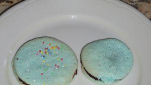 Macaron lagon bleu à la crème after eight