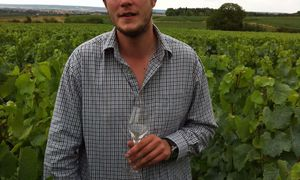 ALEXANDRE CHARTOGNE, CHAMPAGNE (VIDEO)