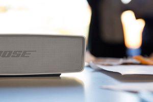 Cette petite enceinte vous permet d'écouter vos morceaux préférés partout où vous allez