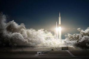 SpaceX va envoyer deux touristes faire le tour de la Lune à la fin 2018