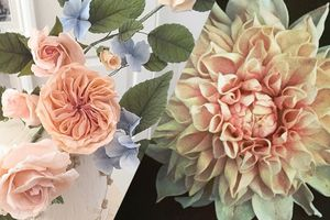 Ces superbes fleurs sont en réalité de délicieux gâteaux !