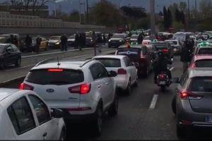 L'opération anti-VTC des taxis à Toulouse paralyse la ville