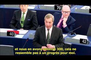 Selon Nigel Farage, le rouleau compresseur des blogueurs détruira l'UERSS !