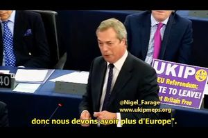 HUMILIATION MONDIALE DE HOLLANDE PAR NIGEL FARAGE !