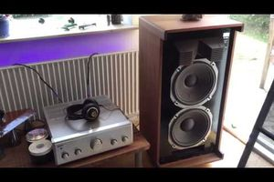 Sansui SP-L800 speakers from Niels Aaquist