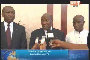 Le père Jeremie Aka Alofa, SG de la conférence épiscopale évoque Mgr Ambroise Madtha