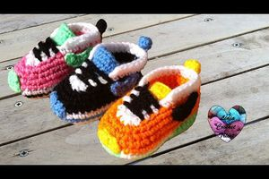"Baskets ""Nike"" au crochet"