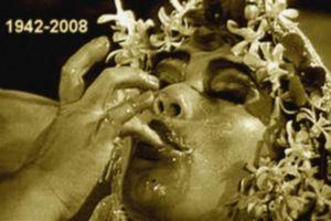 La Mort est un Scandale: Mort de Suzzanna, le monde du cinéma en deuil
