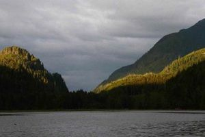 Johnstone Strait : Cracroft Islands, Mamalilaculla