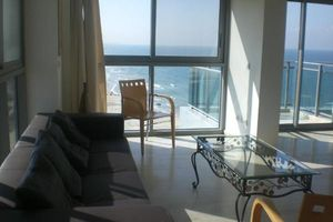 in Israel center, apartments for rent for business in Herzliya Marina