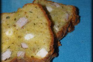 Cake Poulet au Curry et Féta ... Accompagné d'une Sauce au Yaourt