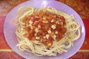Spaghettis à la bolognaise au tofu