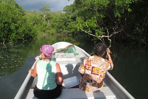 A un saut de puce (de mer) du Parc National de Coïba, le Coco Mango Lodge de Playa Banco