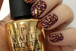 Vernis: OPI célèbre James Bond avec un top coat en or!