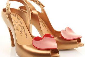 L'escarpin selon Vivienne Westwood & Melissa Shoes
