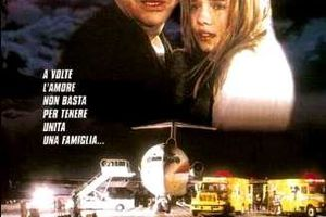 Une fille aux commandes (Airspeed) (BANDE ANNONCE VO 1998) avec Elisha Cuthbert, Bronwen Booth, Joe Mantegna