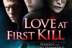 Love at first kill (BANDE ANNONCE VO 2008) avec Margot Kidder (The Box Collector)