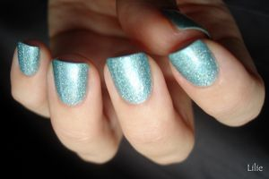 MILANI - 3D Holographic - Cyberspace