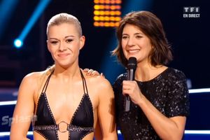 "Photo : Katrina Patchett pointe des seins dans ""Splash"" !"